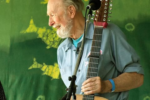 Westchester Coffeehouse Founded By Pete Seeger Looks To Draw Younger Crowd