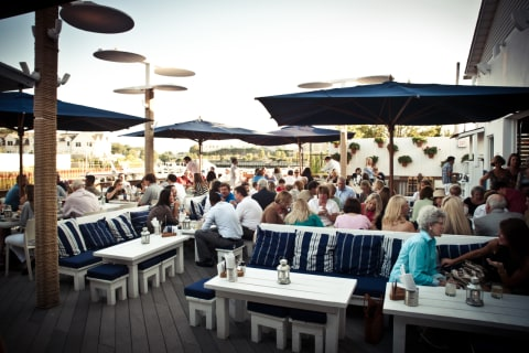 Rivertown Eateries Serve Up 'Hot' Spots For Outdoor Dining
