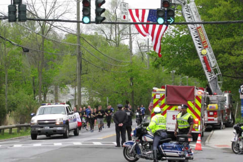 Westchester Police Officers Join Special Olympics Law Enforcement Run