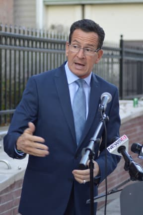 Malloy Moves To Cut Wait Times At DMV With Proposed Law