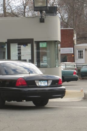Police Investigate Robbery Attempt At Chase Bank In Thornwood