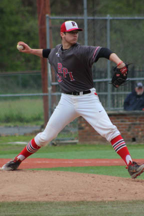 Ardsley HS Grad Snags Honors Pitching For College Team