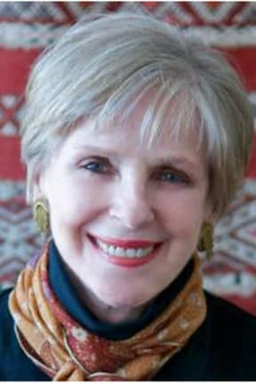 Jane Bryant Quinn Speaks At Trumbull Library On Making Your Money Last