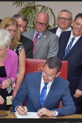 Malloy Signs Bill Combating Opioid Abuse, Launches Plan To Tackle Addiction