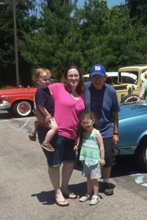 Atria In Briarcliff Hosts Classic Car Show