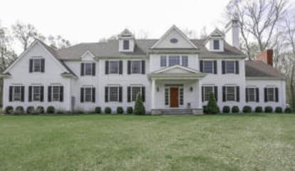 73 Bridle Path Lane, New Canaan, CT 06840
