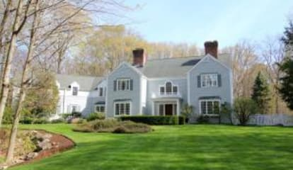 105 Clearview Lane, New Canaan, CT 06840