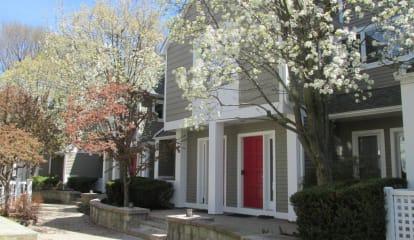 453 Putnam Avenue Unit 1 F, Cos Cob, CT 06807