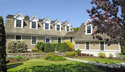 7 Dolphin Cove Quay, Stamford, CT 06902