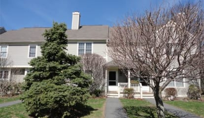 4905 Applewood Circle, Carmel, NY 10512
