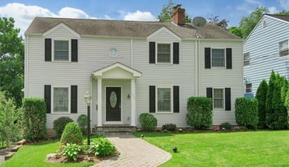 136 Seacord Road, New Rochelle, NY 10804