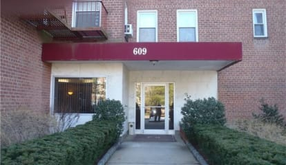 609 Palmer Road #2F, Yonkers, NY 10701