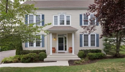 15 High Point Circle, Rye Brook, NY 10573