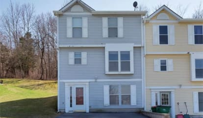 34 Helen Court, Beacon, NY 12508