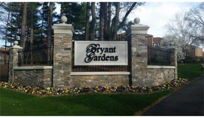 8 Bryant Crescent #1L, White Plains, NY 10605