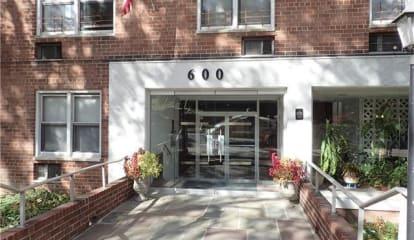 600 Locust Street #5J, Mount Vernon, NY 10552