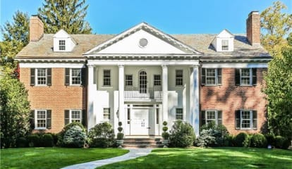 9 Harcourt Road, Scarsdale, NY 10583
