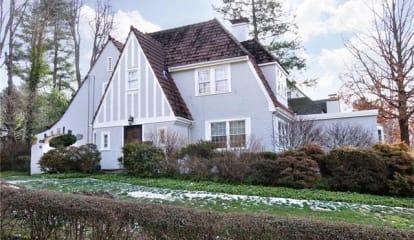 2 Ardsley Terrace, Irvington, NY 10533