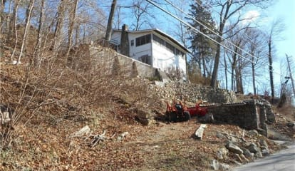 3458-3460 Mohegan Avenue, Mohegan Lake, NY 10547