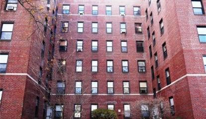 423 Larchmont Acres West #D, Larchmont, NY 10538