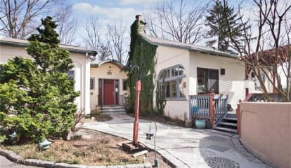 109 Sunnyside Avenue, Pleasantville, NY 10570