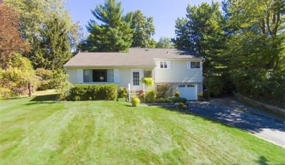 3 Salem Lane, South Salem, NY 10590