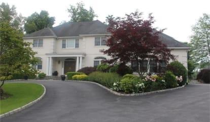 2195 Oscar Court, Cortlandt Manor, NY 10567