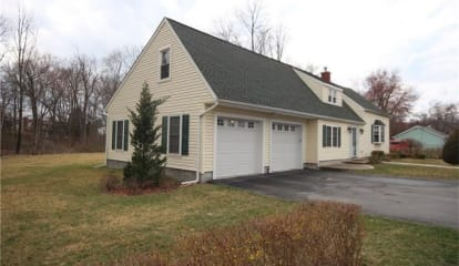 22 Pleasant Lane, Poughkeepsie, NY 12603