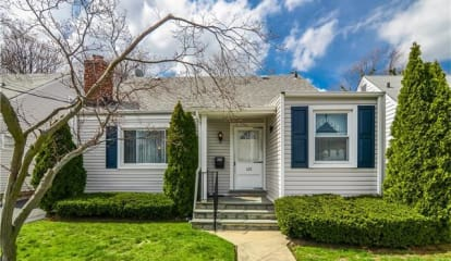 126 Hildreth Place, Yonkers, NY 10704