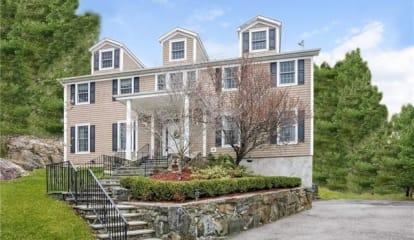 119 Inningwood Place, Millwood, NY 10546