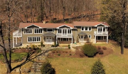 27 Hidden Hollow, Millwood, NY 10546