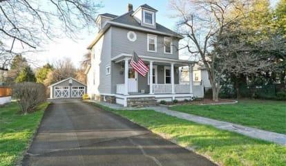 1086 Oregon Road, Cortlandt Manor, NY 10567