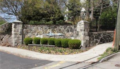 314 Viewpoint Terrace #314, Peekskill, NY 10566