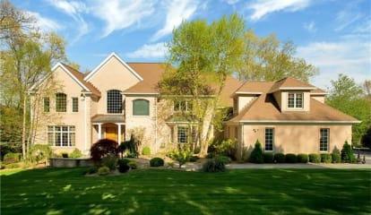 27 Hidden Oak Road, Briarcliff Manor, NY 10510