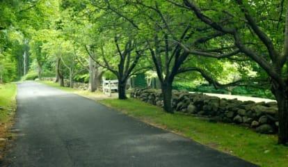Honey Hill Road, Wilton, CT 06897