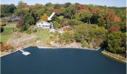 23 Raiders Lane, Darien, CT 06820