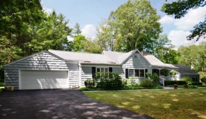 71 Manor Road, Ridgefield, CT 06877