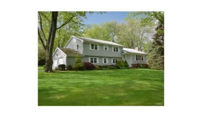 135 Far Horizon Drive, Easton, CT 06612