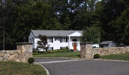 282 Cheese Spring Road, Wilton, CT 06897 - $799,000