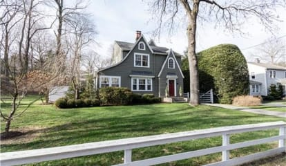 879 Bronson Road, Fairfield, CT 06824