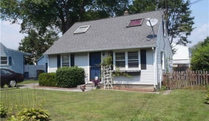 16 Leroy Place, Stamford, CT 06902