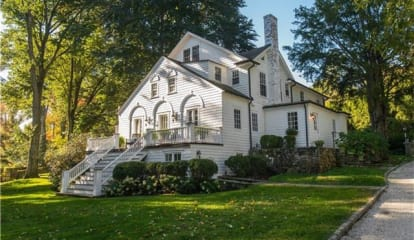 587 Brookside Road, New Canaan, CT 06840