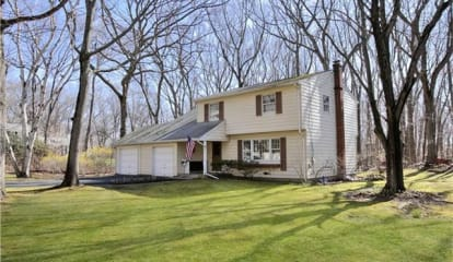4 Stonehedge Road, Norwalk, CT 06851