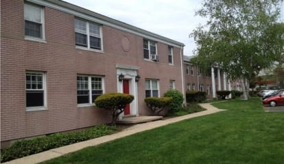 1084 East Main Street Unit: 16A1, Stamford, CT 06902