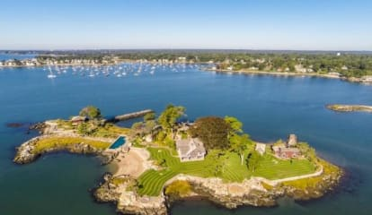 FEATURED LISTING: Tavern Island Norwalk, CT 06854