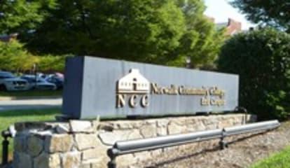 Norwalk Community College Offers 39-Week Basic EMT Course