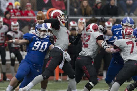 MaxPreps Features Darien's Evanchick Among Nation's Top Sack Artists