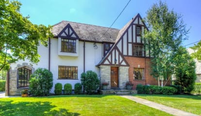 JUST LISTED: 130 Bon Air Avenue New Rochelle, NY 10804