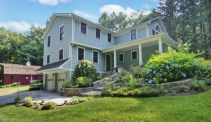 JUST LISTED: 28 Cobblestone Place Wilton, CT 06897