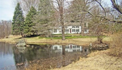 FEATURED LISTING: 158 Eastwoods Road Pound Ridge, NY 10576